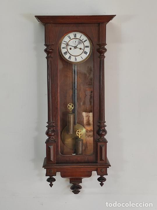 ANTIGUO RELOJ VIENES - COMPLETO - FUNCIONA - S. XIX (Relojes - Pared Carga Manual)