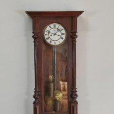 Relojes de pared: ANTIGUO RELOJ VIENES - COMPLETO - FUNCIONA - S. XIX. Lote 287257603