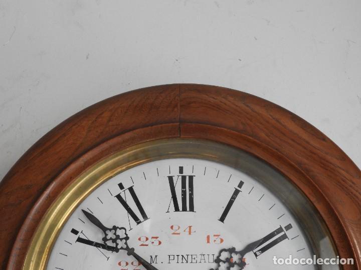 Relojes de pared: RELOJ DE PARED DE MADERA DE ROBLE RELOJERO M PINEAU - Foto 2 - 287560913