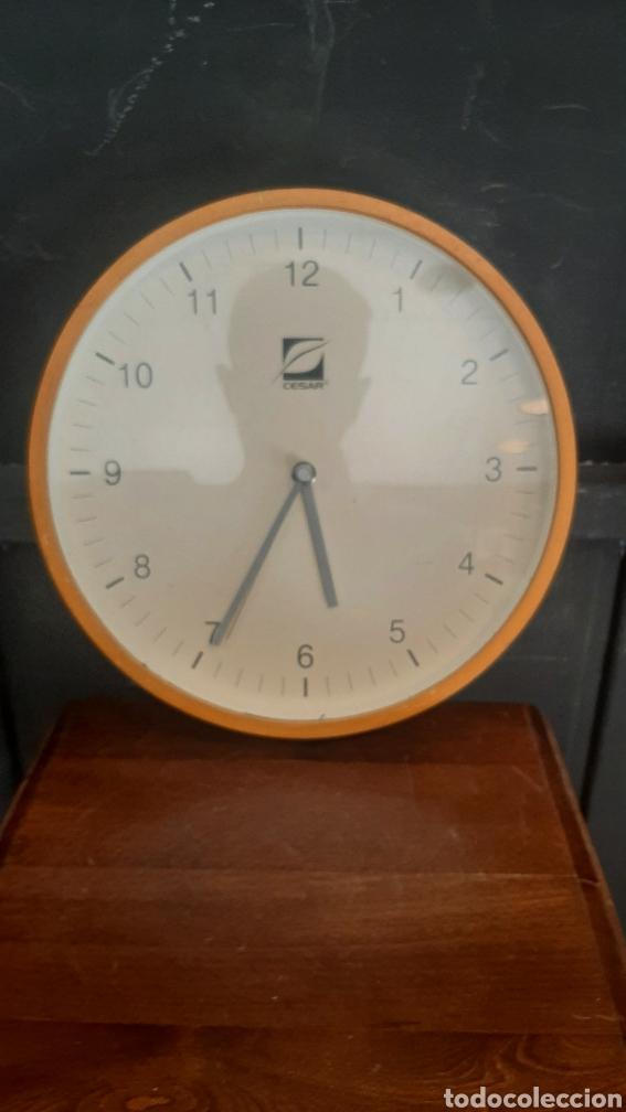 BONITO RELOJ DE PARED DE MADERA (Relojes - Pared Carga Manual)