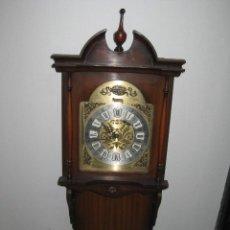 Relojes de pared: RELOJ PARED DE CUERDA MANUAL. RADIANT. TEMPUS FUGIT. NO FUNCIONA.. Lote 289488768