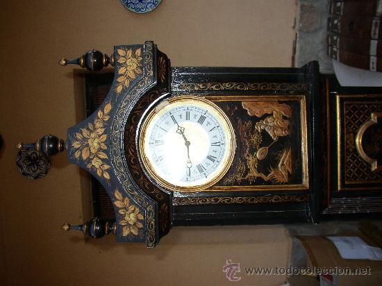 Relojes de pie: RELOJ DE PIE ESTILO INGLÉS CON DECORACIONES ORIENTALES EN RELIEVE. (VER FOTOS) - Foto 2 - 19051356