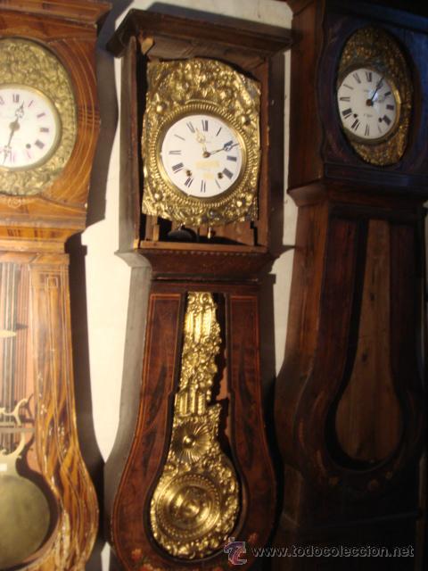 RELOJ MOREZ ANTIGUO DE PENDULO REAL EN CAJA ORIGINAL DE MADERA (Relojes - Pie Carga Manual)
