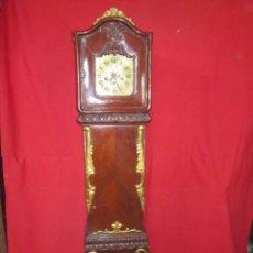 Relojes de pie: PRECIOSO RELOJ AÑOS 20 CON CARILLÓN. CAJA DE MADERA DE NOGAL.. Lote 49479839