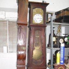 Reloj de morez con caja de pie de nogal