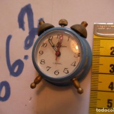 Relojes de pie: ANTIGUO RELOJ MINIATURA A CUERDA FUNCIONANDO CORRECTAMENTE NUEVO DE TIENDA. Lote 75924147