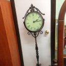Relojes de pie: PRECIOSO RELOJ DE PIE EN FORJA BASCULANTE .. Lote 84229132