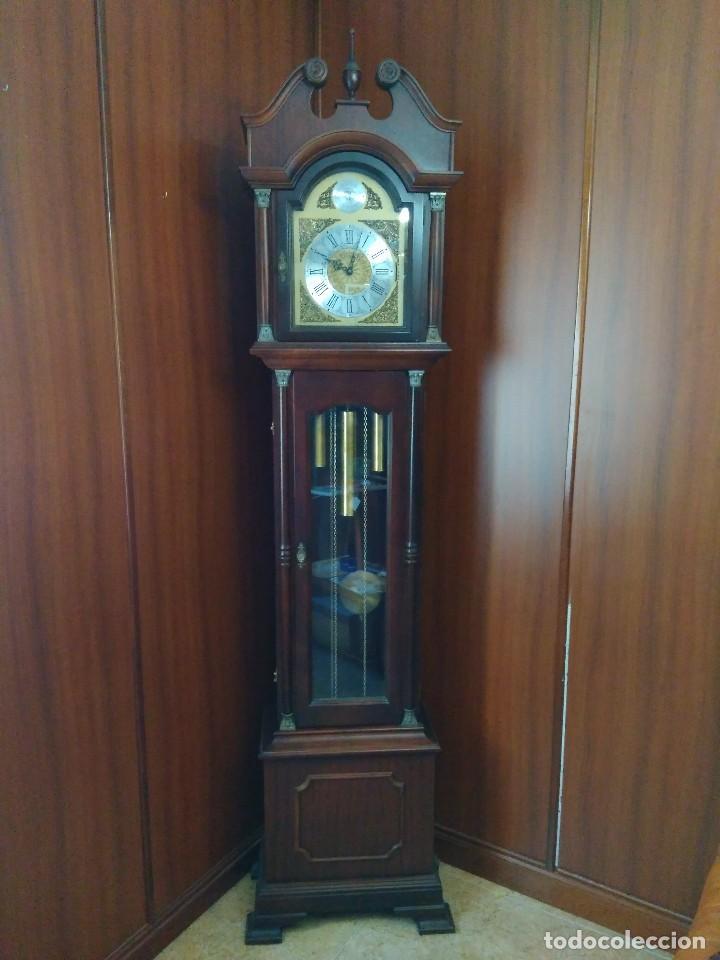 RELOJ PIE RADIANT, COMO NUEVO FUNCIONANDO PERFECTAMENTE (Relojes - Pie Carga Manual)