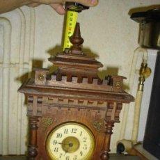 Relojes de pie: MUY BONITO RELOJ DE MESA DESPERTADOR 1900. Lote 98867303
