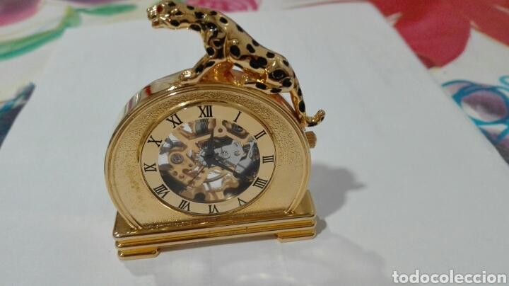 RELOJ DE PIE. CARGA MANUAL (Relojes - Pie Carga Manual)