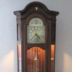Relojes de pie: RELOJ VINTAGE DE PIE DE CARGA MANUAL CON LUZ EN EL INTERIOR. 1970 - 1980 (BRD). Lote 106799607