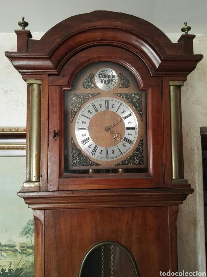 RELOJ ANTIGUO TEMPUS FUGIT (Relojes - Pie Carga Manual)