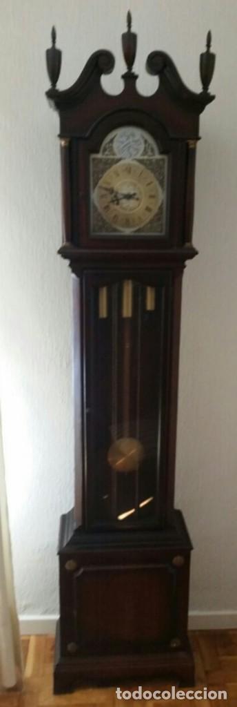 ANTIGUO RELOJ TEMPUS FUGIT (Relojes - Pie Carga Manual)