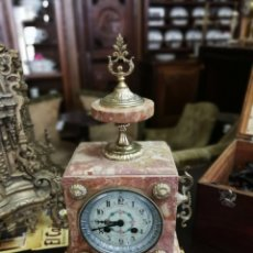 Relojes de pie: RELOJ DE MARMOL ROSA. Lote 118562660
