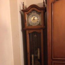 Relojes de pie: RELOJ DE PIE DE MADERA. Lote 120265379