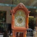 Relojes de pie: RELOJ DE PIE. MUEBLE EN MADERA DE RAÍZ. ESTILO INGLES. CIRCA 1950.. Lote 122336963