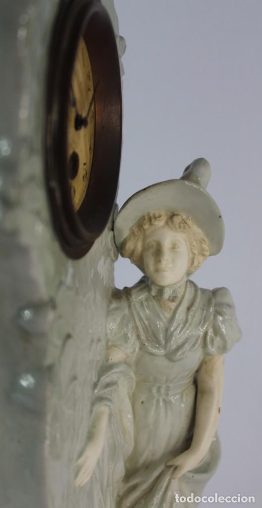 Relojes de pie: Bellísimo reloj en porcelana de pps s XX Art Nouveau - Foto 2 - 135394810