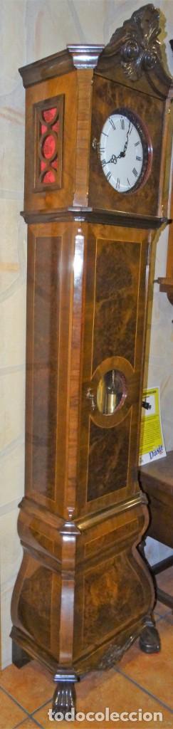 Relojes de pie: RELOJ DE PIE MADERA RAIZ NOGAL. MAQUINARIA DE CARRILLON. - Foto 3 - 137115822