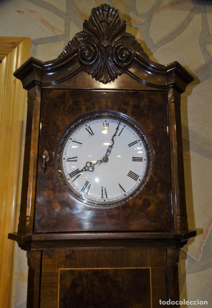 Relojes de pie: RELOJ DE PIE MADERA RAIZ NOGAL. MAQUINARIA DE CARRILLON. - Foto 9 - 137115822