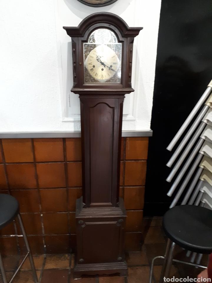 RELOJ DE PIE AÑOS 60 FUNCIONANDO LEER DESCRIPCIÓN (Relojes - Pie Carga Manual)
