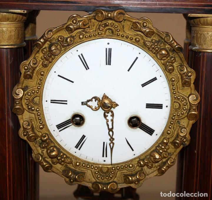 Relojes de pie: RELOJ DE PORTICO - MARQUETERIA BOJ - CAOBA Y BRONCE AL MERCURIO - SG XIX. - Foto 4 - 172090934