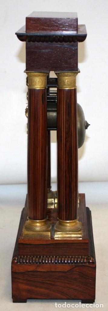 Relojes de pie: RELOJ DE PORTICO - MARQUETERIA BOJ - CAOBA Y BRONCE AL MERCURIO - SG XIX. - Foto 5 - 172090934
