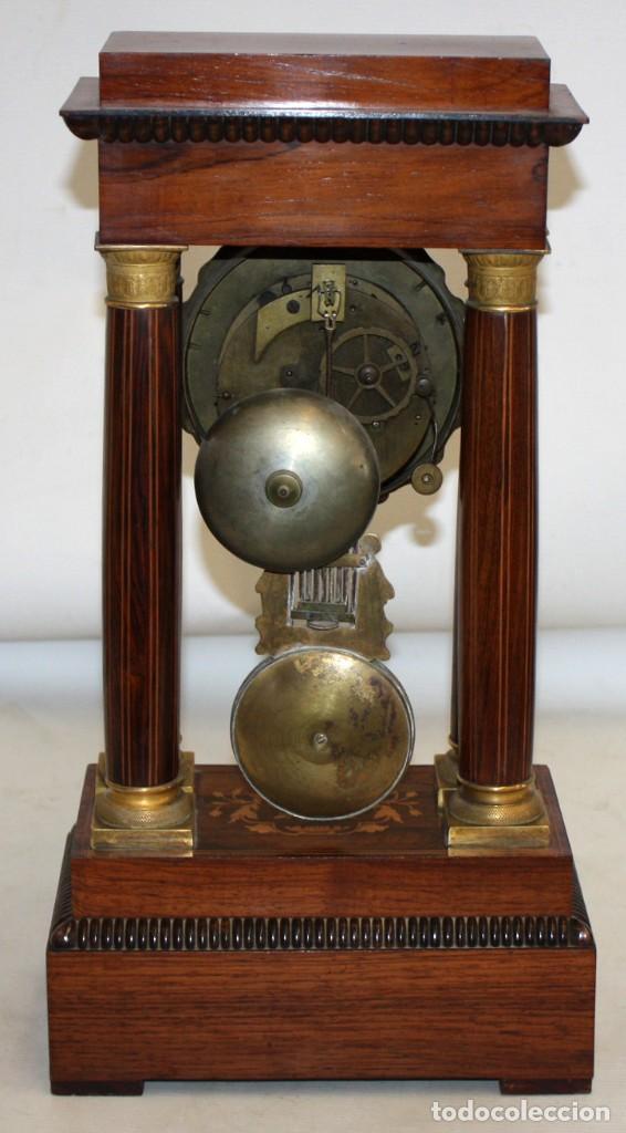 Relojes de pie: RELOJ DE PORTICO - MARQUETERIA BOJ - CAOBA Y BRONCE AL MERCURIO - SG XIX. - Foto 2 - 172090934