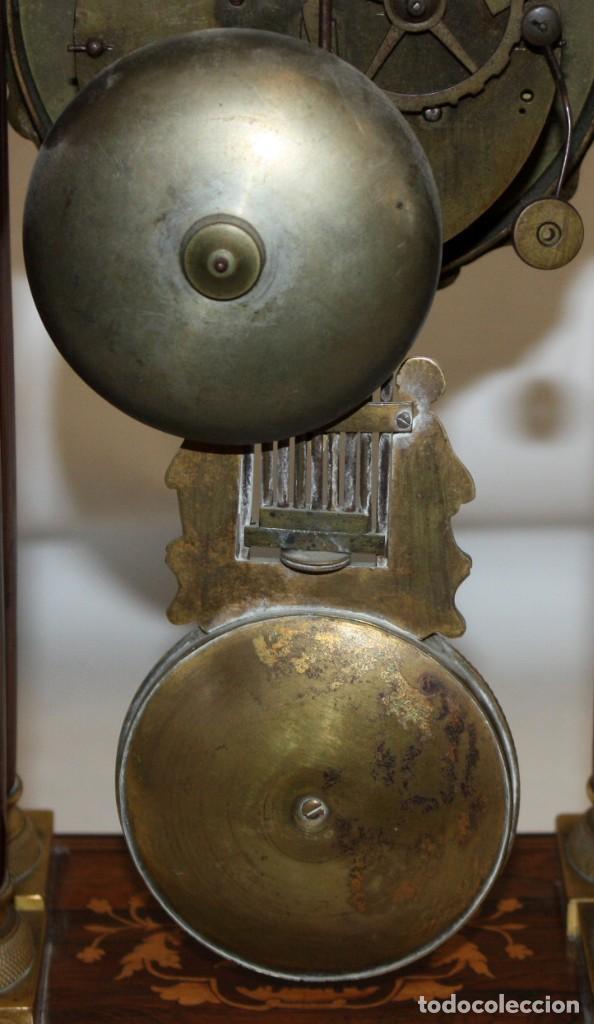 Relojes de pie: RELOJ DE PORTICO - MARQUETERIA BOJ - CAOBA Y BRONCE AL MERCURIO - SG XIX. - Foto 7 - 172090934