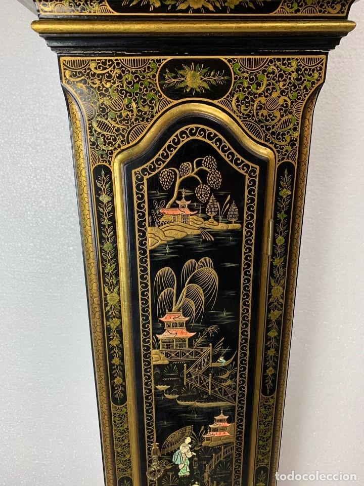 Relojes de pie: ANTIGUO RELOJ DE PIE CON CAJA EN MADERA DECORACIÓN RELIEVES MOTIVOS CHINOS ,FUNCIONANDO CON SONERÍA - Foto 2 - 173823762