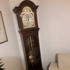 Relojes de pie: RELOJ TEMPUS FUGIT DE CAOBA. Lote 176858600