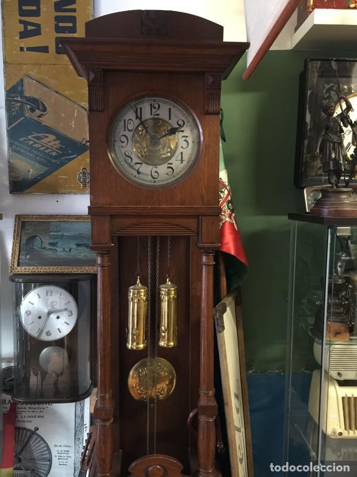 GRAN RELOJ MODERNISTA PRINCIPIOS SIGLO ROBLE MACIZO (Relojes - Pie Carga Manual)