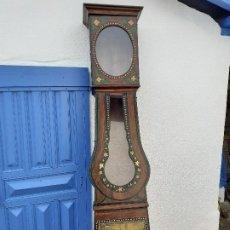 Relojes de pie: CAJA DE RELOJ MOREZ DEL XIX CON ESCENA CAMPESTRE. Lote 194145632