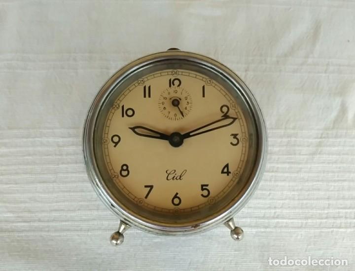 ANTIGUO RELOJ DESPERTADOR DE CUERDA AÑOS 50, MARCA CID (Relojes - Pie Carga Manual)
