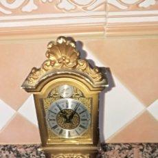 Relojes de pie: PEQUEÑO RELOJ CAJA PASTA DURA. Lote 211500086