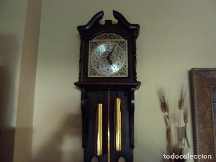 RELOJ DE CUERDA MUY ANTIGUO (Relojes - Pie Carga Manual)