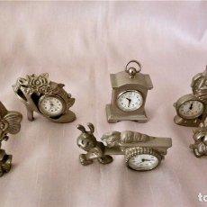 Relógios de pé: COLECCIÓN DE 7 MINIRELOJES DE ESCRITORIO CUECI + 1 LE TEMPS. Lote 214366072