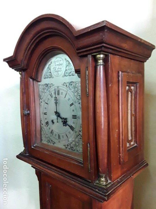 Relojes de pie: Reloj alemán Gong Tempus Fugit. En funcionamiento; da las horas y las medias. - Foto 2 - 230739490