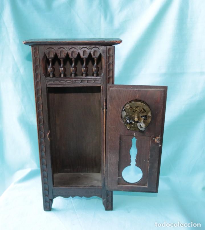 Relojes de pie: Armario miniatura vintage con reloj. Vintage miniature cupboard with clock. - Foto 2 - 225346990