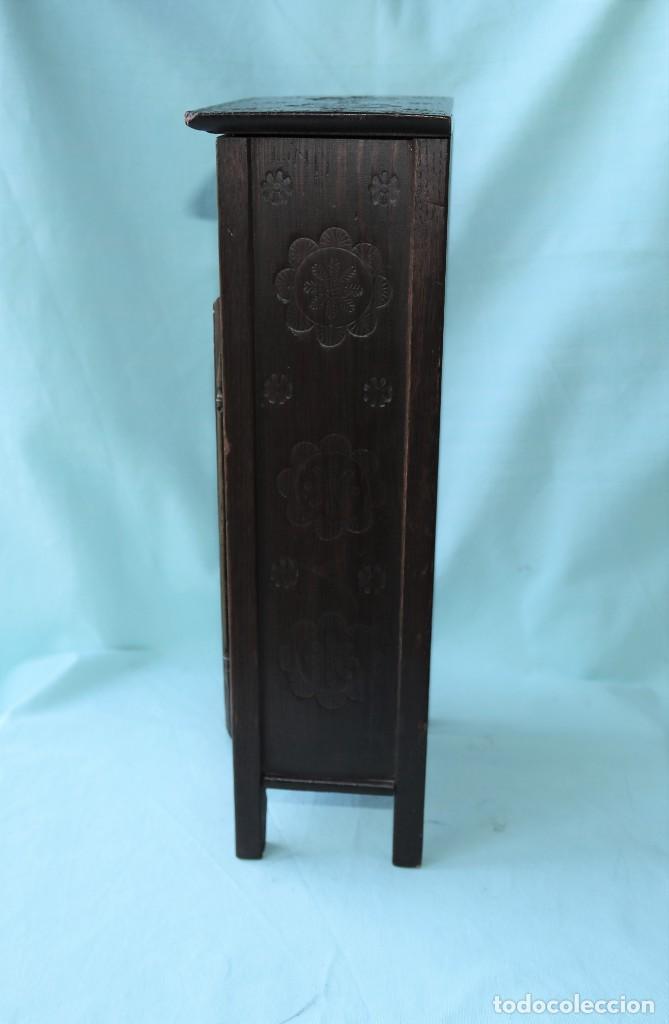 Relojes de pie: Armario miniatura vintage con reloj. Vintage miniature cupboard with clock. - Foto 9 - 225346990