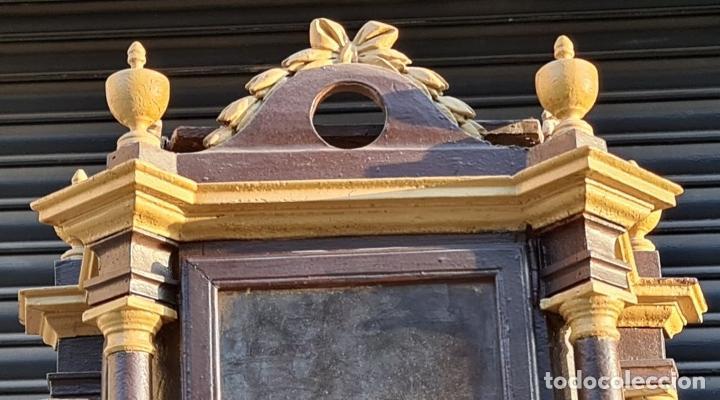 Relojes de pie: MUEBLE PARA RELOJ DE PARED. ESTILO NEOCLÁSICO. MADERA POLICROMADA. SIGLO XVIII-XIX. - Foto 2 - 229494735