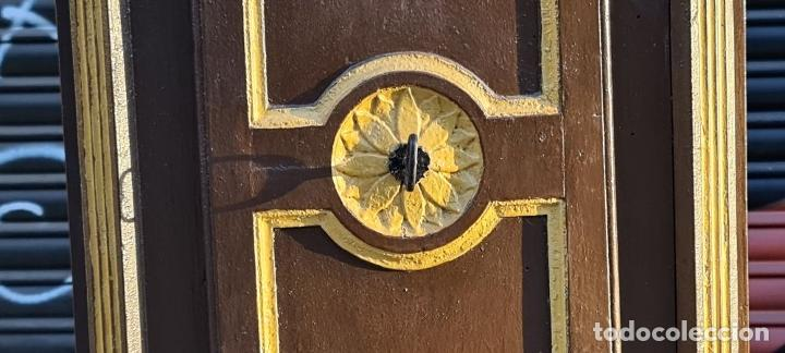 Relojes de pie: MUEBLE PARA RELOJ DE PARED. ESTILO NEOCLÁSICO. MADERA POLICROMADA. SIGLO XVIII-XIX. - Foto 11 - 229494735
