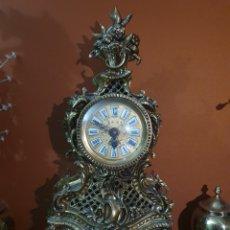 Horloges de parquet: RELOJ DE BRONCE A CUERDA SIN PROBAR. Lote 235529025