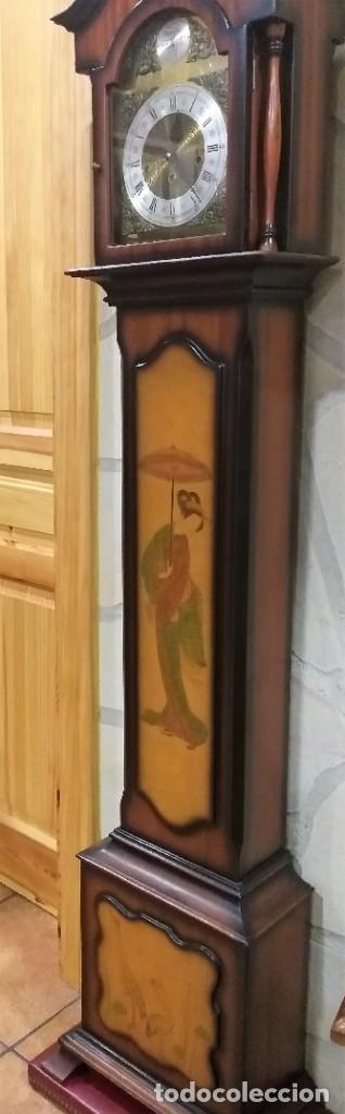 Relojes de pie: RELOJ DE PIE MAQUINARIA DE CARRILLÓN.CUERDA MANUAL. CAJA DE MADERA CON PINTURAS ORIENTALES - Foto 6 - 237292555