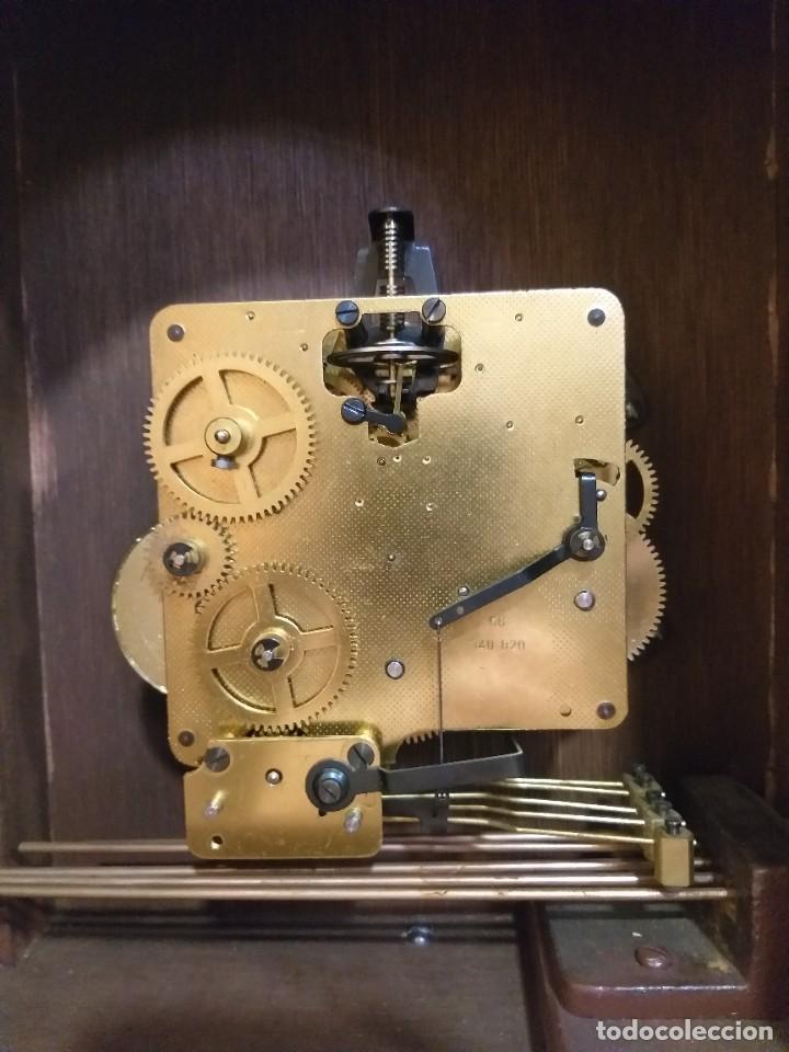 Relojes de pie: RELOJ DE PIE MAQUINARIA DE CARRILLÓN.CUERDA MANUAL. CAJA DE MADERA CON PINTURAS ORIENTALES - Foto 9 - 237292555