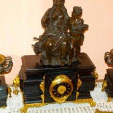 Relojes de pie: GRAN RELOJ IMPERIAL Y DOS JARRONES EN BRONCE (AÑO 1862) DEL FRANCÉS JEAN JULES BERNARD SALMSON. Lote 215391636