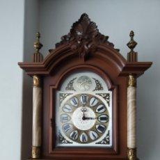 Relojes de pie: RELOJ DE PIE DE MADERA. Lote 250263185