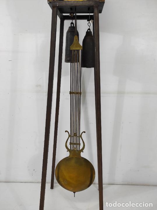 Relojes de pie: Antiguo Reloj Morez - Sonería de Cuatro Campanas - Completo - Funciona - S. XIX - Foto 9 - 265536169