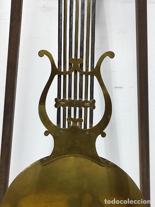 Relojes de pie: Antiguo Reloj Morez - Sonería de Cuatro Campanas - Completo - Funciona - S. XIX - Foto 12 - 265536169
