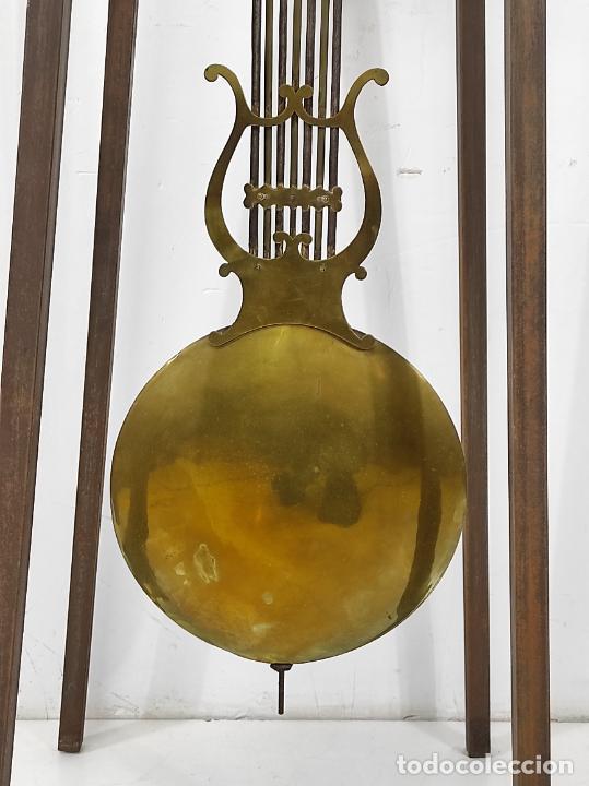 Relojes de pie: Antiguo Reloj Morez - Sonería de Cuatro Campanas - Completo - Funciona - S. XIX - Foto 13 - 265536169