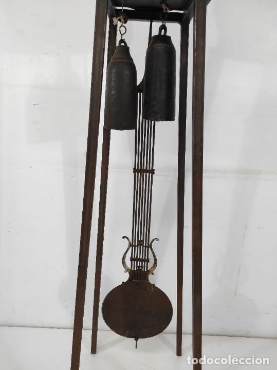 Relojes de pie: Antiguo Reloj Morez - Sonería de Cuatro Campanas - Completo - Funciona - S. XIX - Foto 24 - 265536169